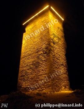 Au pied de la tour du Mont d'or, une nuit de 2011-2012, photo (c) PhI