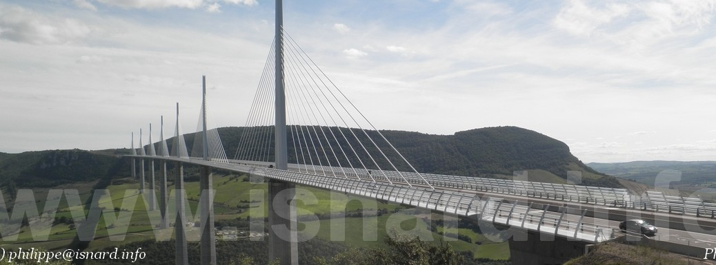 Viaduc de Millau (c) PhI 8.14