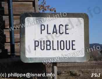Place Publique Vinon-sur-Verdon, le Hameau (c) PhI