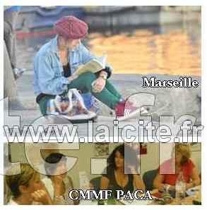 Femmes Marseille, lectrice et féministes (c) PhI
