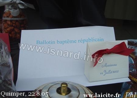 Coffret de dragées pour Baptême Républicain, Quimper 8.05 (c) PhI