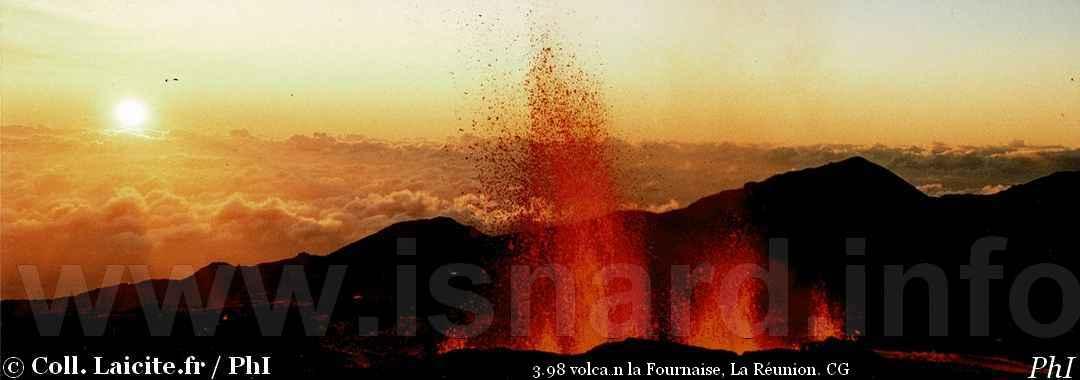 volcan laFournaise, laRéunion,3.98 © PhI