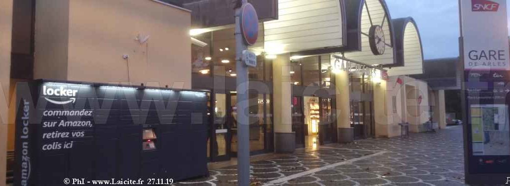 Amazon Gare Arles 27.11.19 © PhI